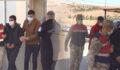 Teröristler Şanlıurfa sınırında patlayıcılarla yakalandılar