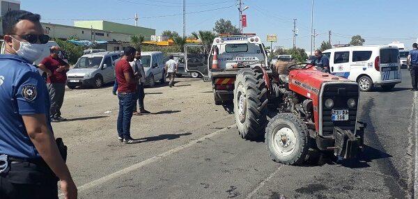 Şanlıurfa'da traktör ile otomobil çarpıştı