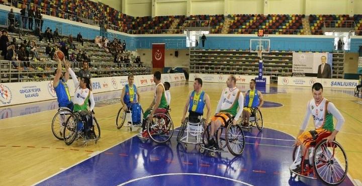 Büyükşehir Engelliler Basketbol takımı liderliğini sürdürüyor