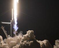 4 astronot uzaya gönderildi
