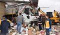 Viranşehir'de tır markete daldı : 4 yaralı