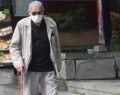 65 yaş üstü vatandaşlar sokağa çıkmaya başladı