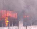 Tekstil fabrikasında feci yangın