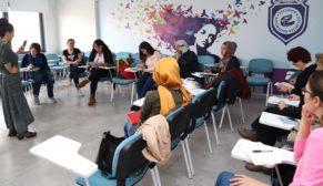 Büyükşehir kadın yazarlar yetiştiriyor